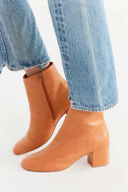 Nola Ankle Boot