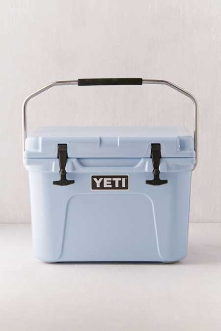 YETI Tundra Roadie Cooler