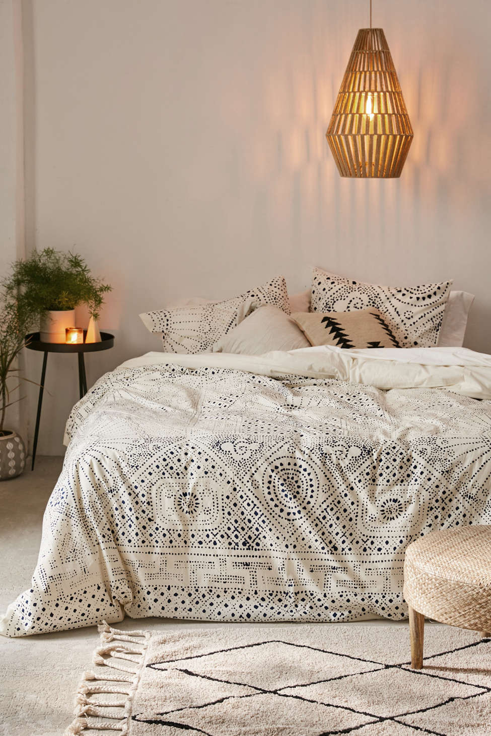 Slide View: 1: Rowan Bandhani Duvet Cover