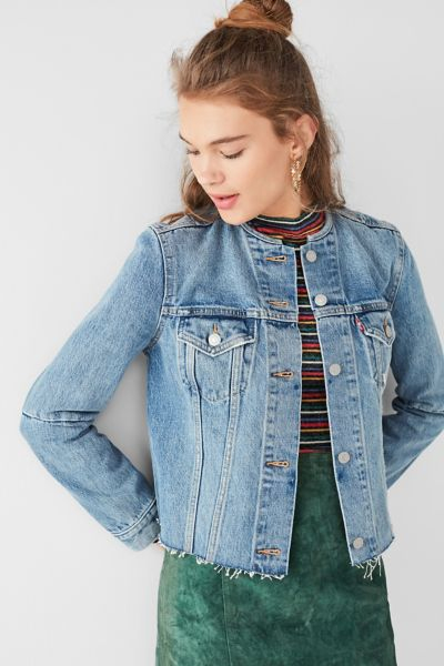 Levi's Altered Collarless Denim Jacket - Rinsed Denim XS at Urban Outfitters