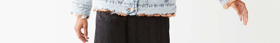 Thumbnail View 2: UO Faux Fur Lined Denim Trucker Jacket