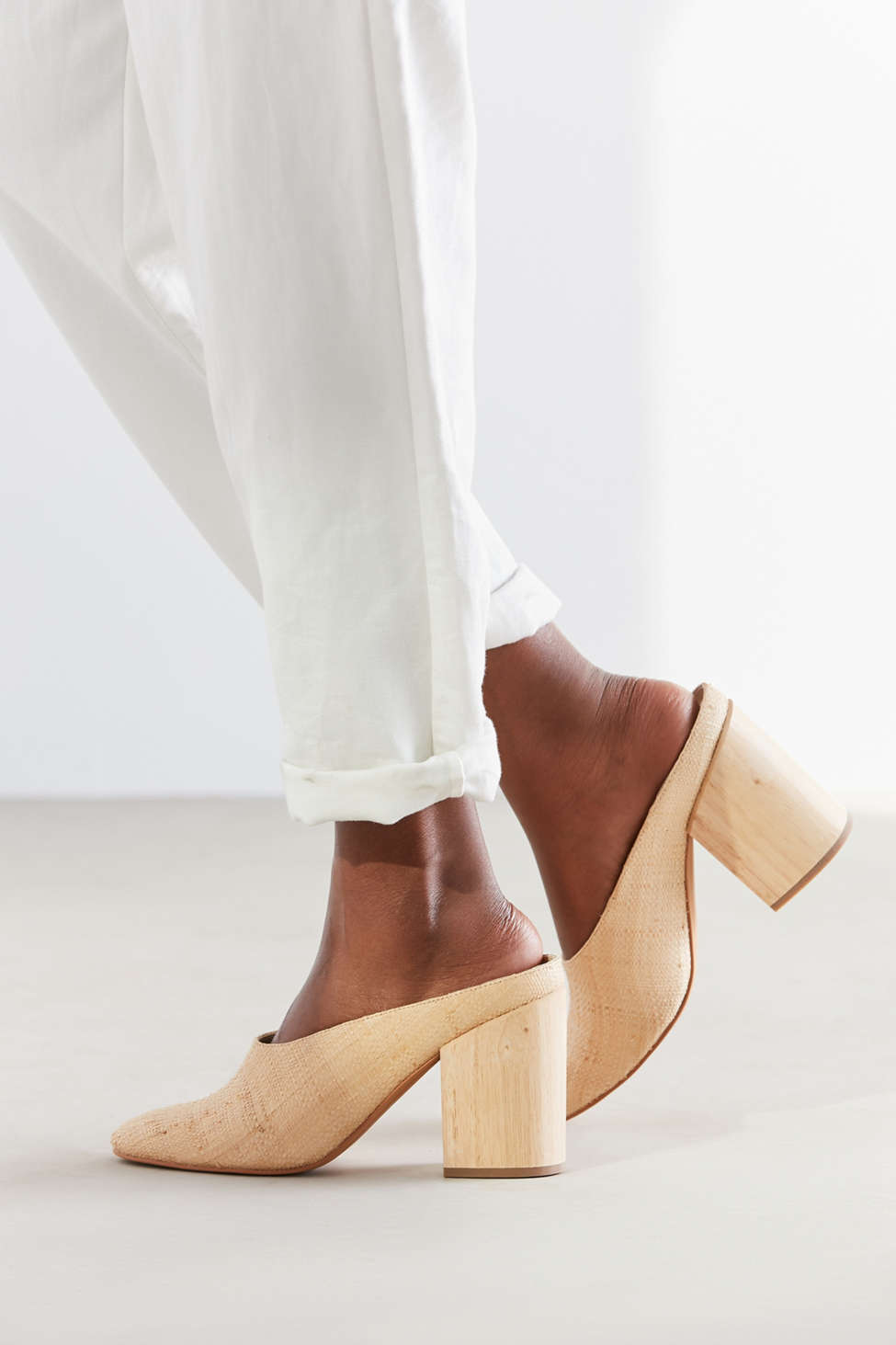 Block Heel Courts Neutral Dolce Vita