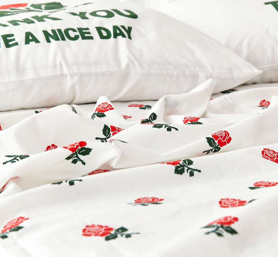 Slide View: 4: Chinatown Market For UO Roses Sheet Set
