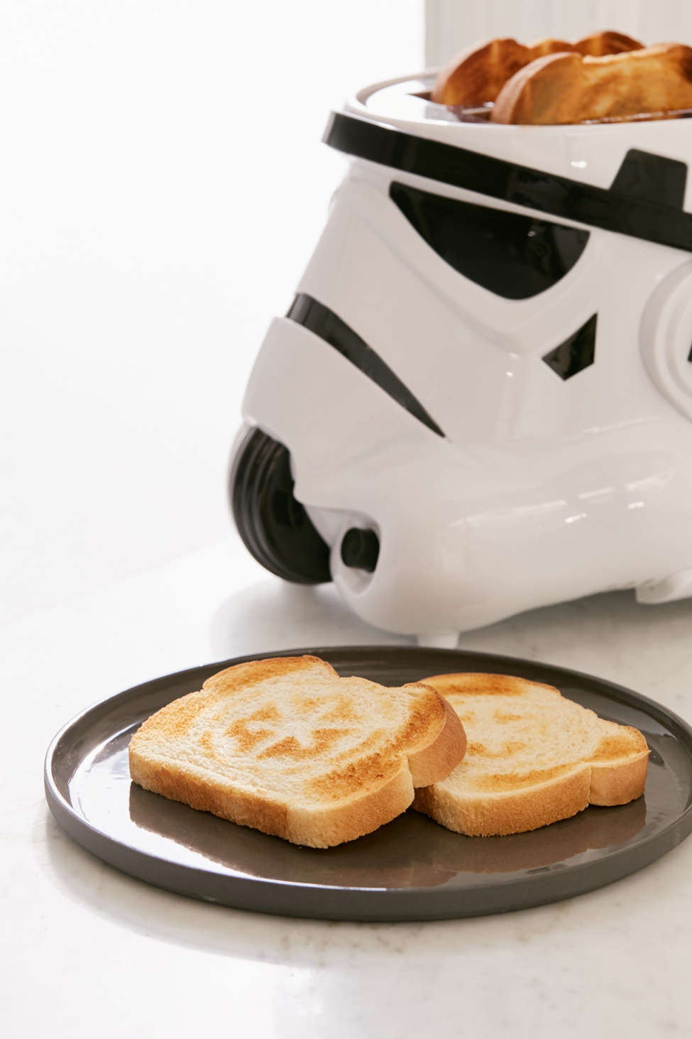 Slide View: 2: Star Wars Stormtrooper Toaster