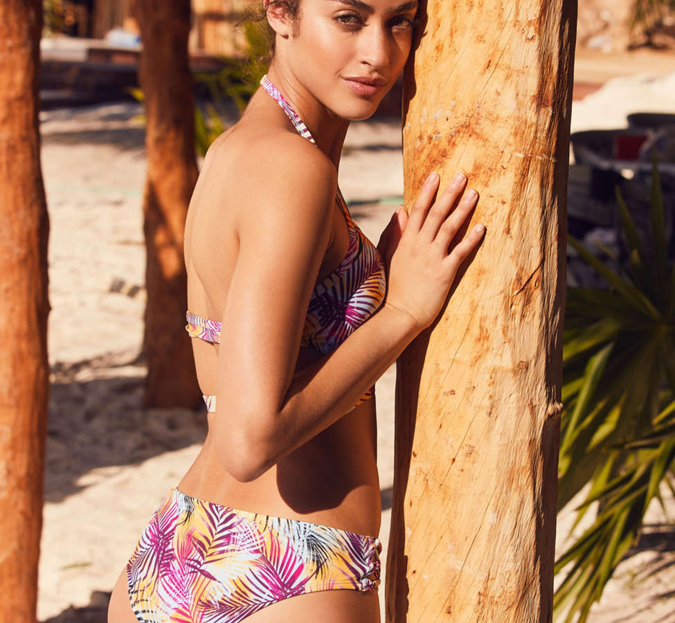 Slide View: 2: Out From Under Printed Strappy Low-Rise Bikini Bottom