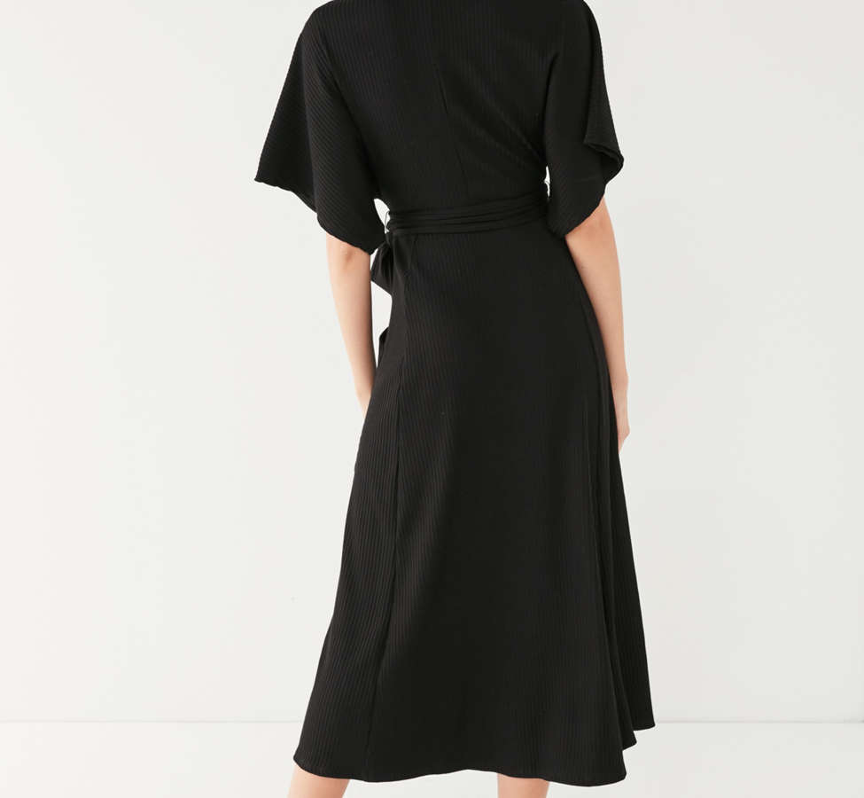 Slide View: 2: UO Ribbed Knit Plunging Midi Dress