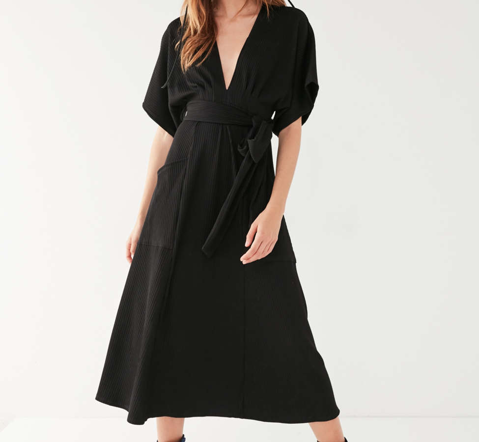 Slide View: 6: UO Ribbed Knit Plunging Midi Dress