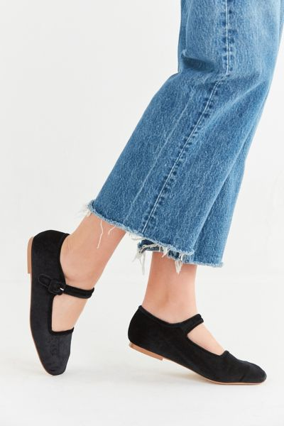 Shoes On Sale For Women Urban Outfitters