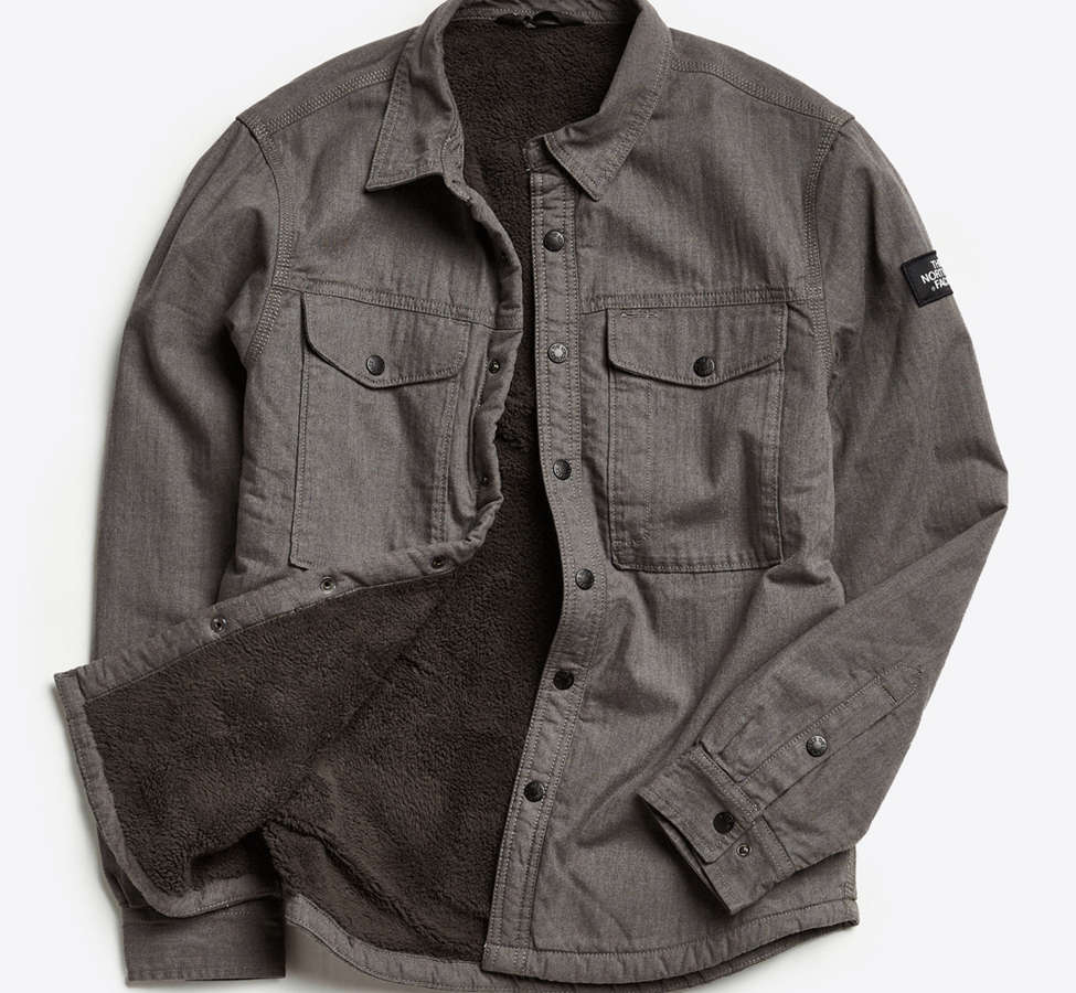Slide View: 1: The North Face Campground Sherpa Shirt Jacket