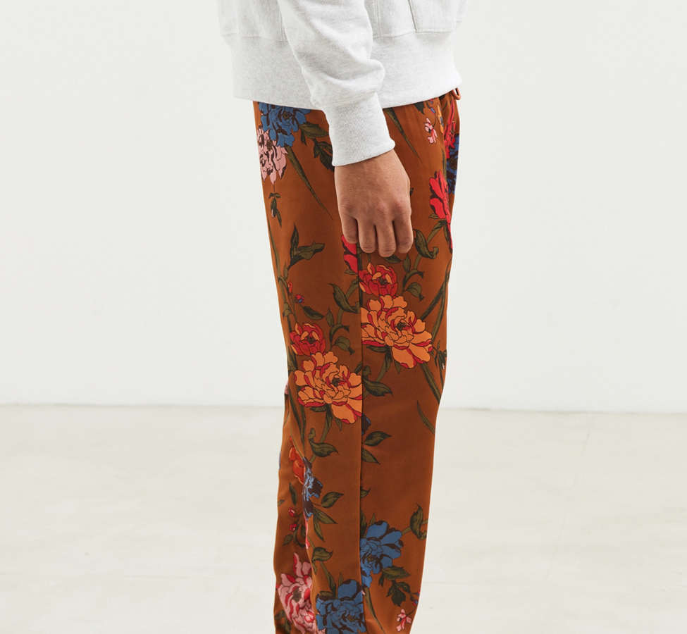 Slide View: 3: UO Satin Baggy Pant