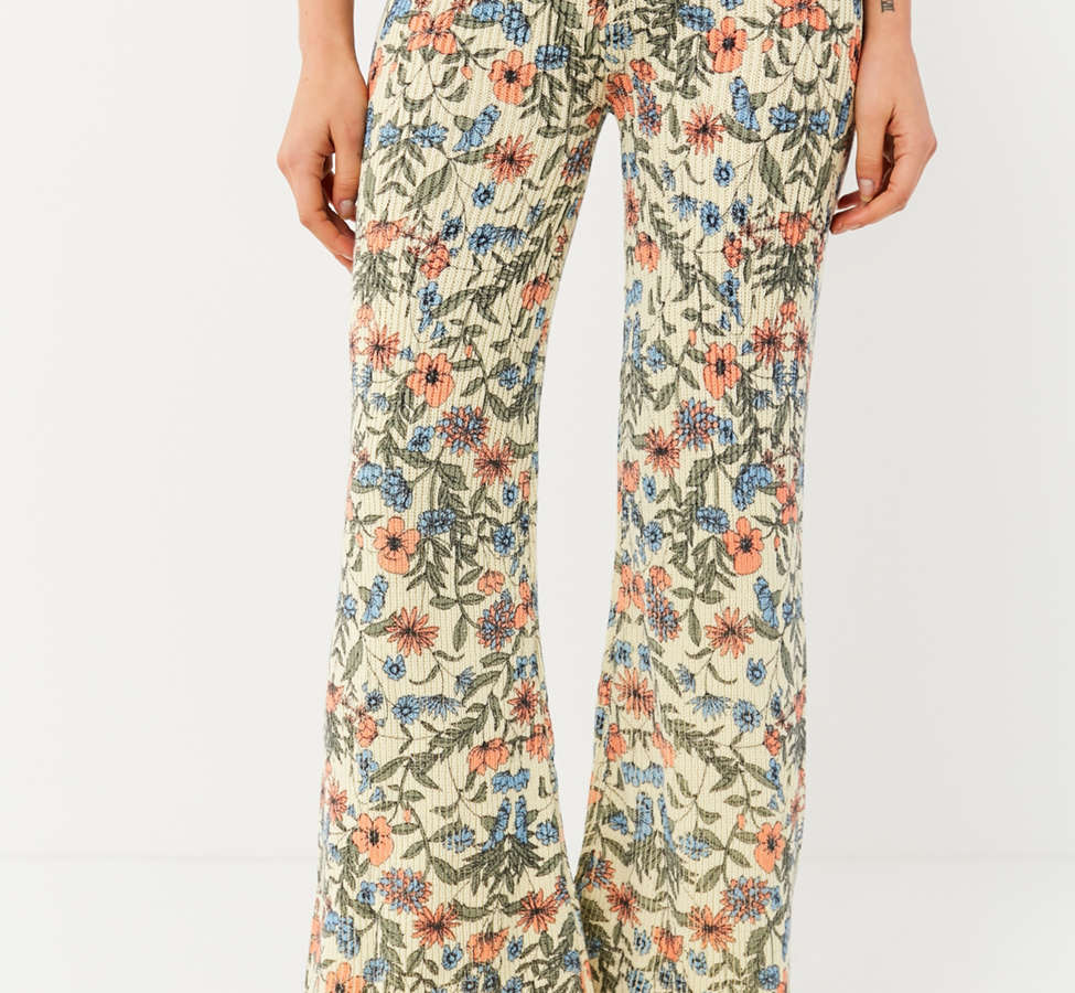 Slide View: 3: UO Floral Sweater Flare Pant