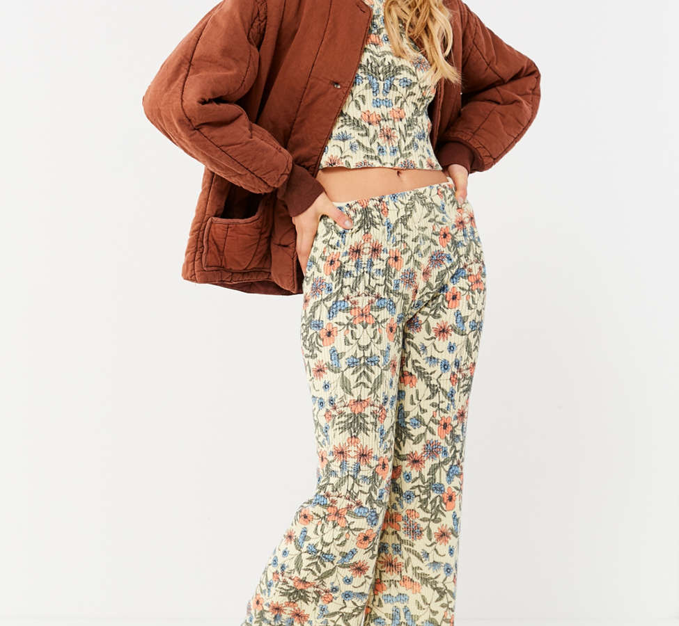 Slide View: 4: UO Floral Sweater Flare Pant