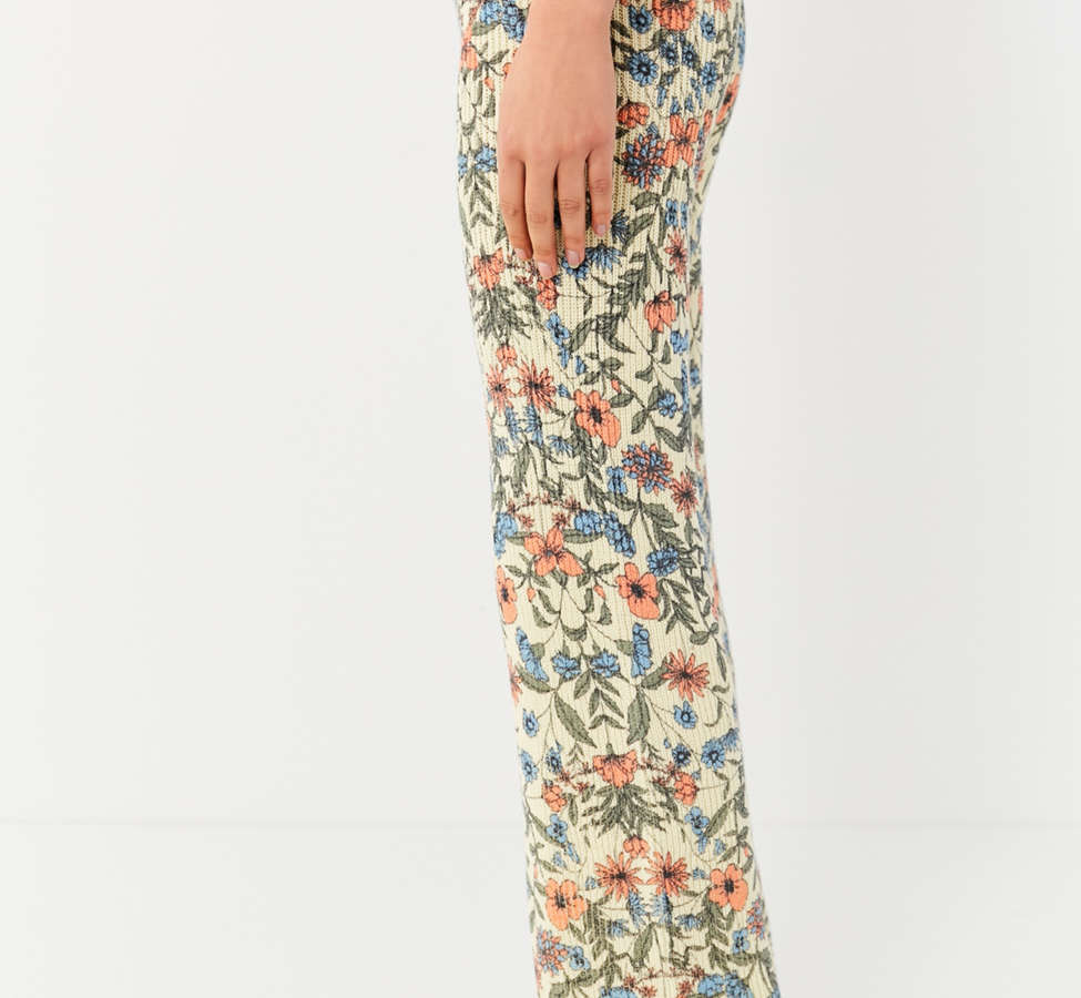 Slide View: 6: UO Floral Sweater Flare Pant