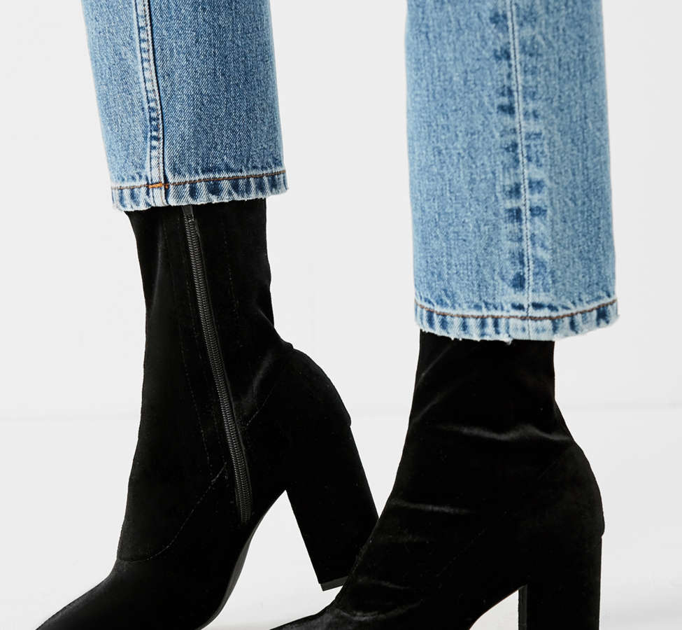 Slide View: 1: Velvet Glove Boot