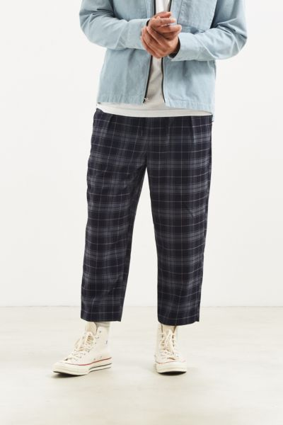UO Plaid Menswear Pant - Navy S at Urban Outfitters