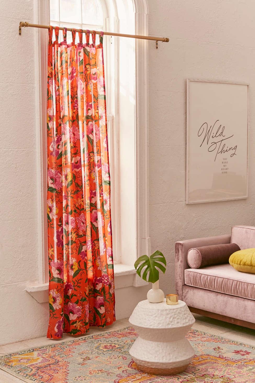 Slide View: 1: Poppy Window Curtain