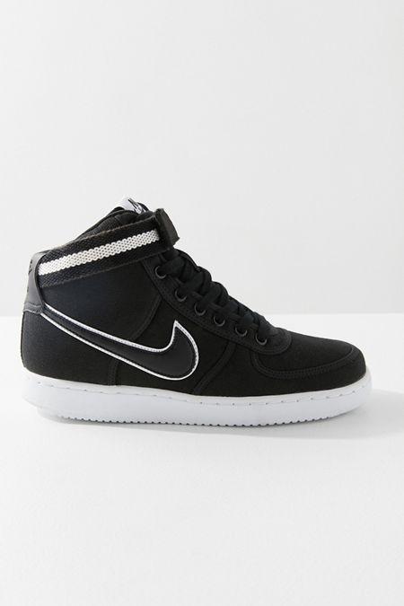 Nike Zapatos + De Mujer Vestido Casual + Zapatos More Urban Outfitters 3b6f9a