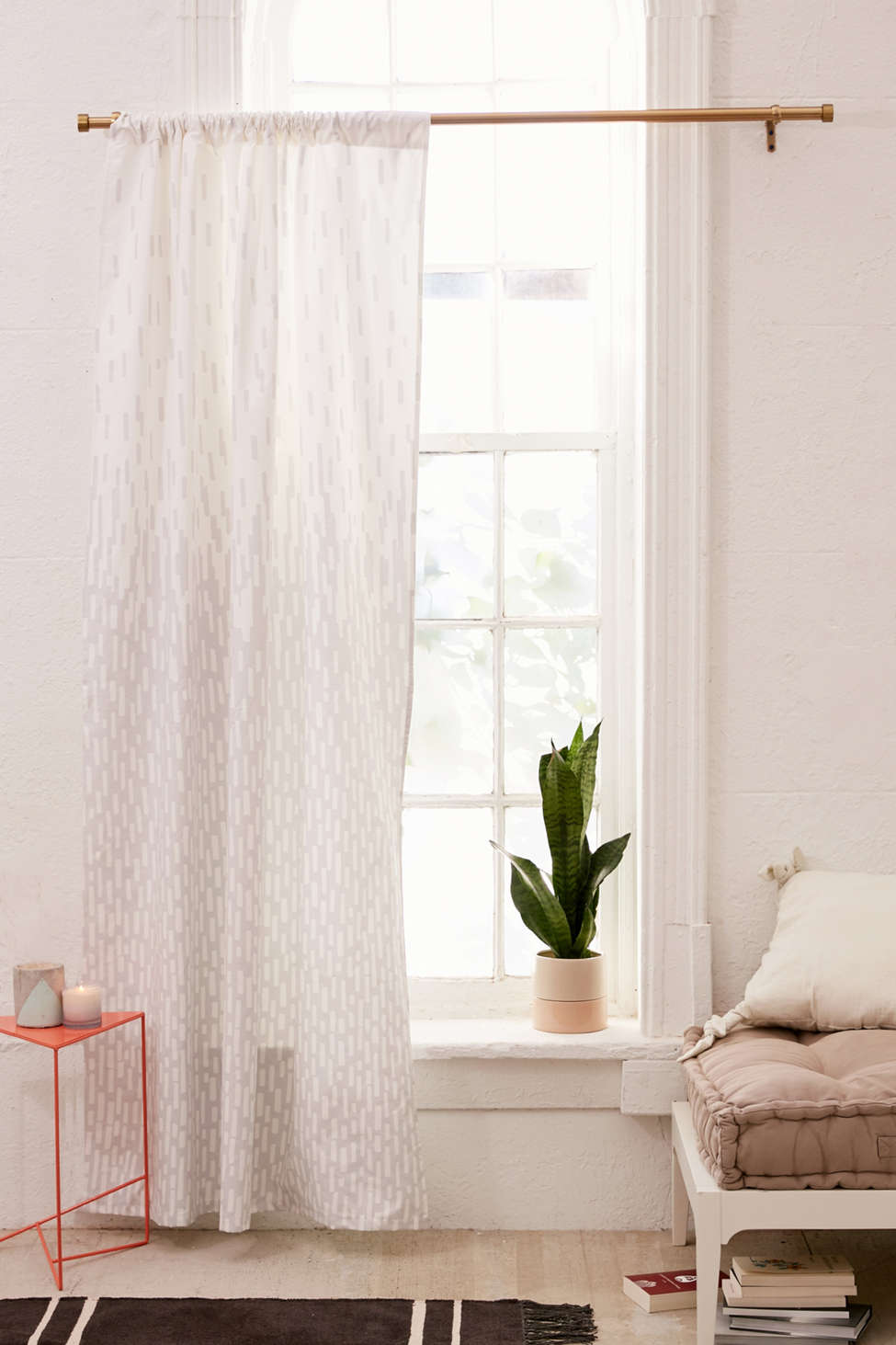 Slide View: 1: Modern Print Blackout Window Curtain
