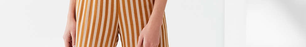 Thumbnail View 3: UO Striped Halter Jumpsuit