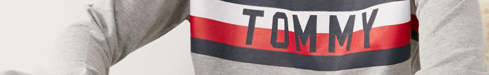 Thumbnail View 3: Tommy Hilfiger X UO Global Stripe Crew-Neck Sweatshirt