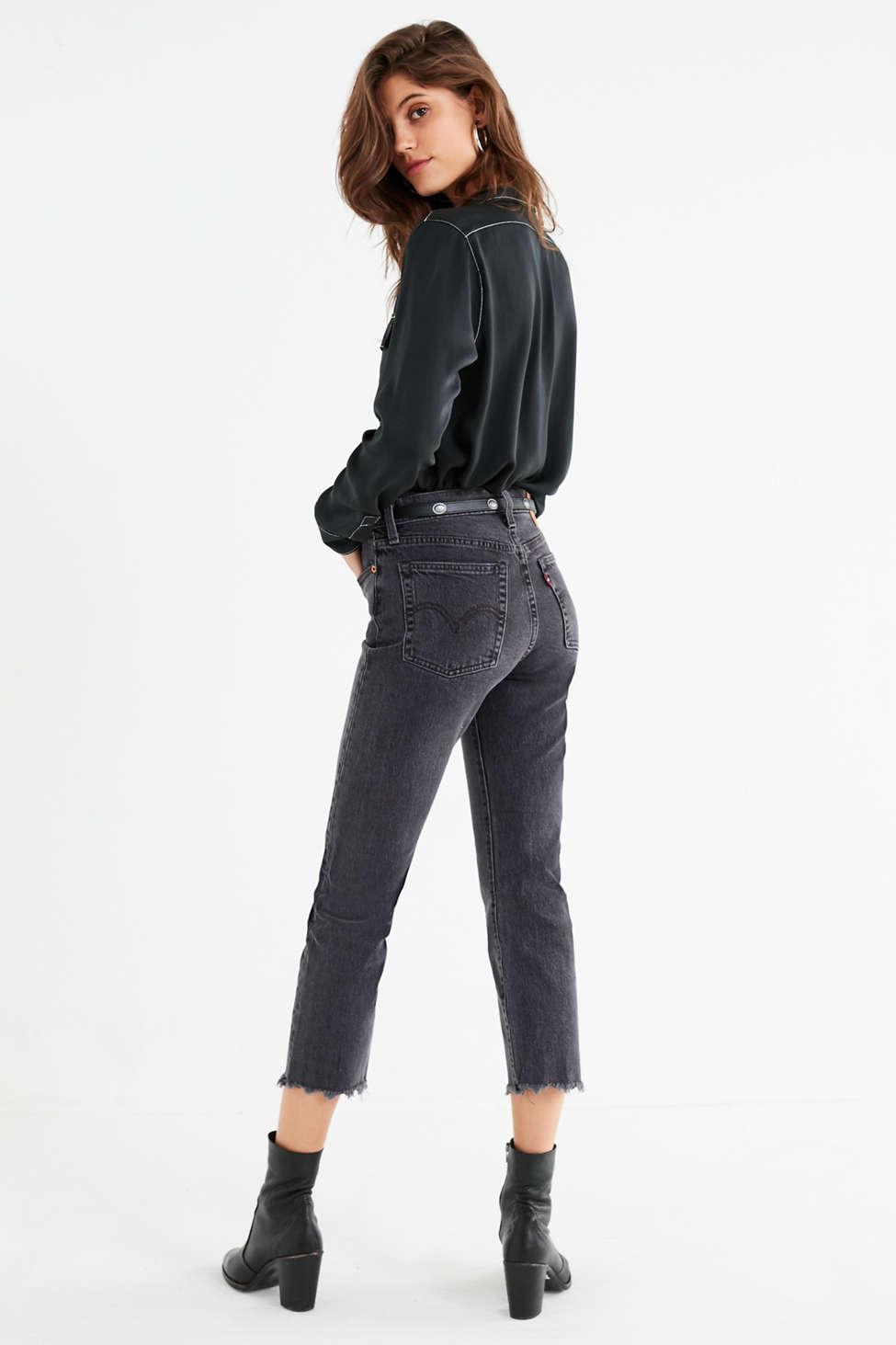 Levi S Wedgie High Rise Jean That Girl Urban Outfitters