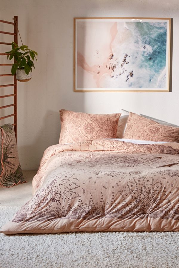 interior washed home collection pictures rh design bed medallion teen bedding