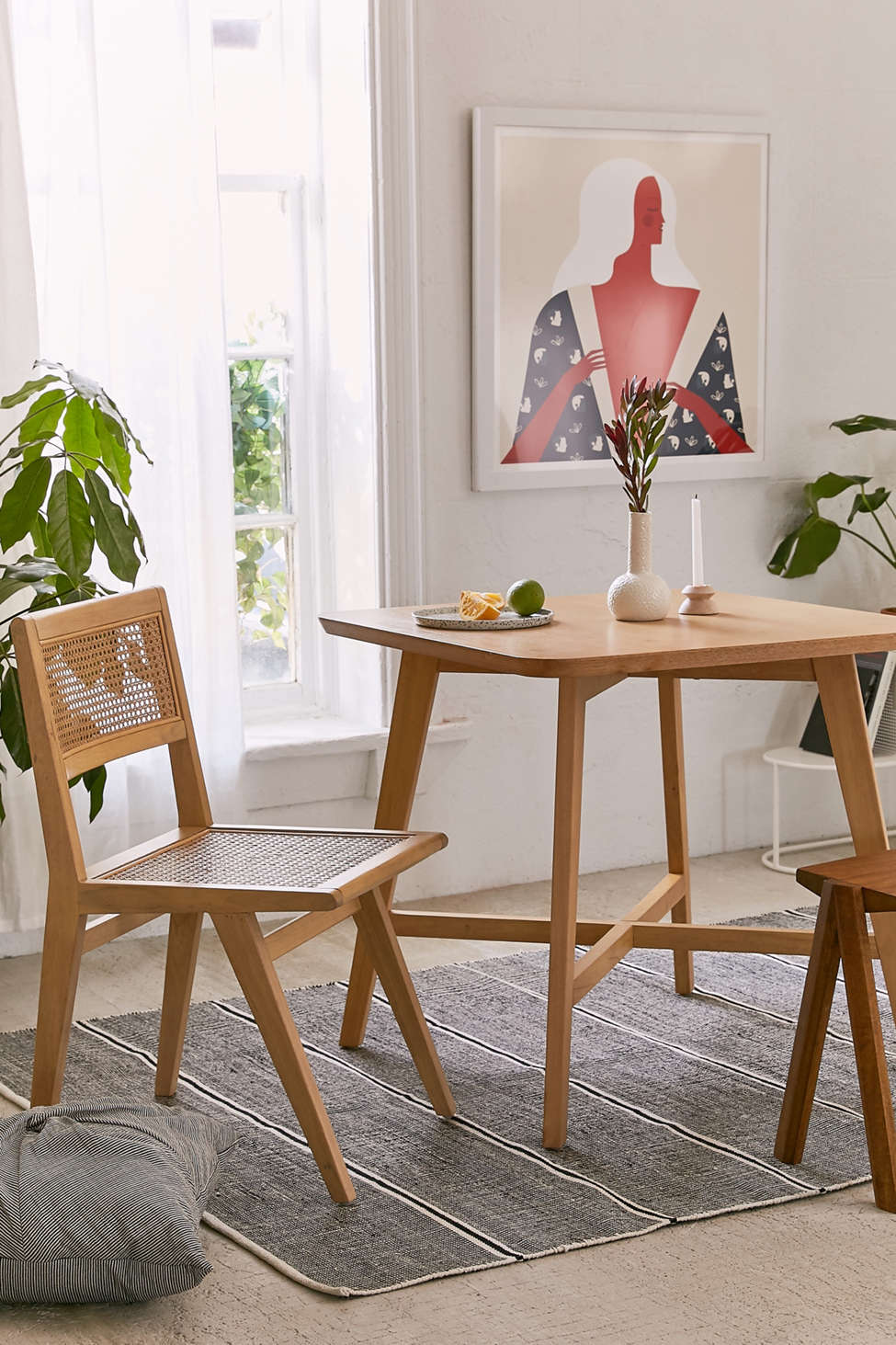 Slide View: 1: Marte Dining Table