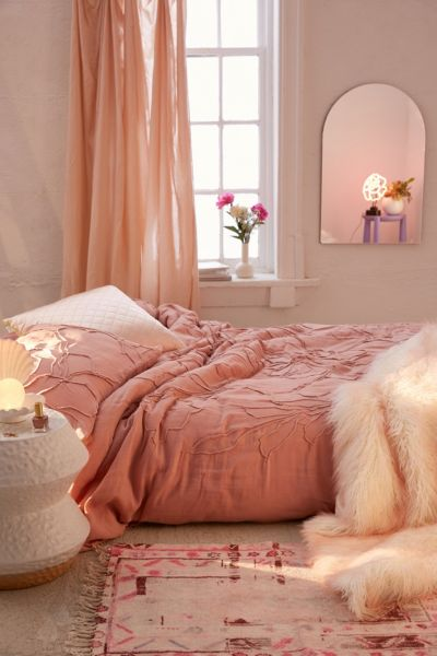 Bedding Bed Linens Urban Outfitters Canada