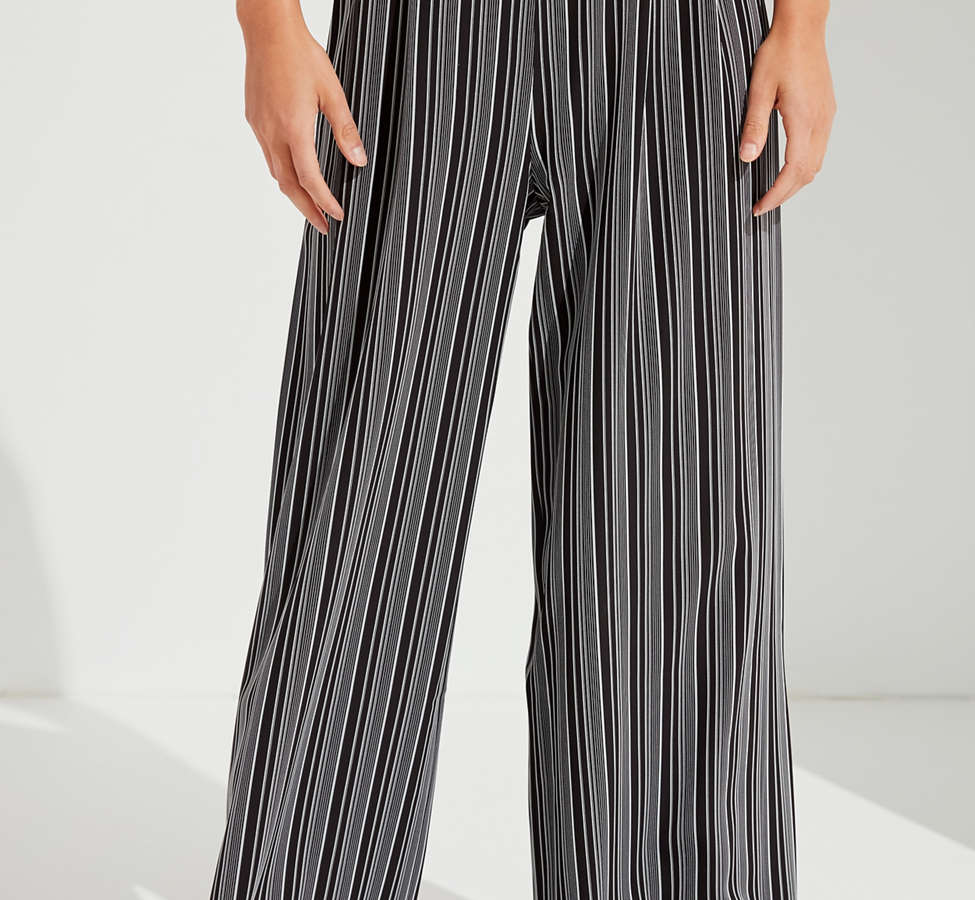 Slide View: 3: UO Striped Palazzo Wide-Leg Pant