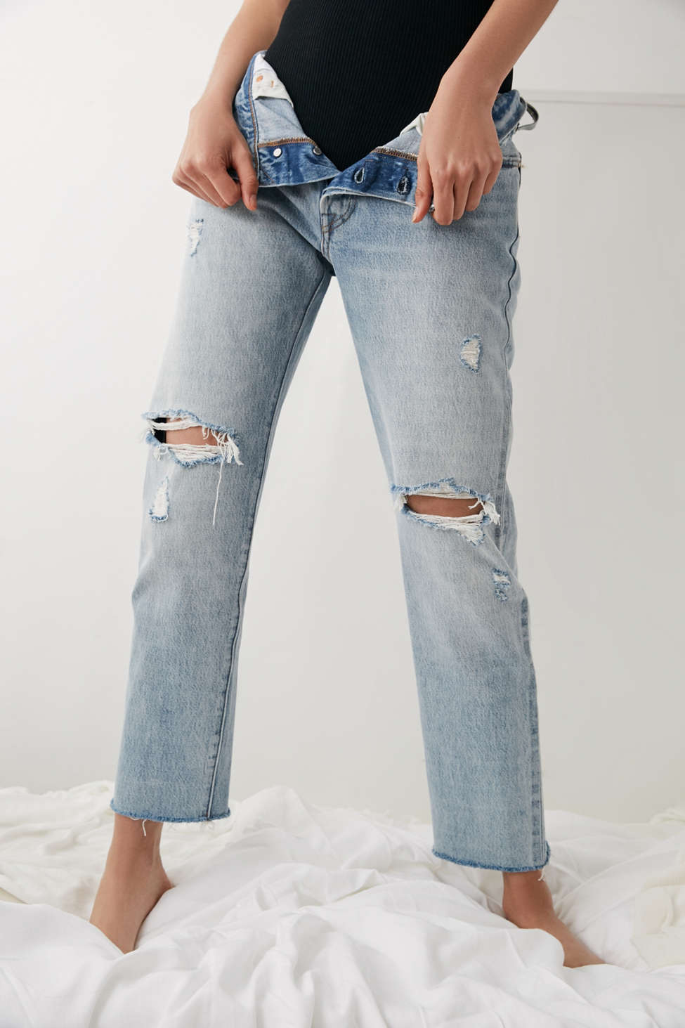 501 Crop Jean with Rips - Crazy cool Levi's
