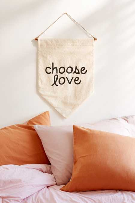 Secret Holiday & Co. Choose Love Banner