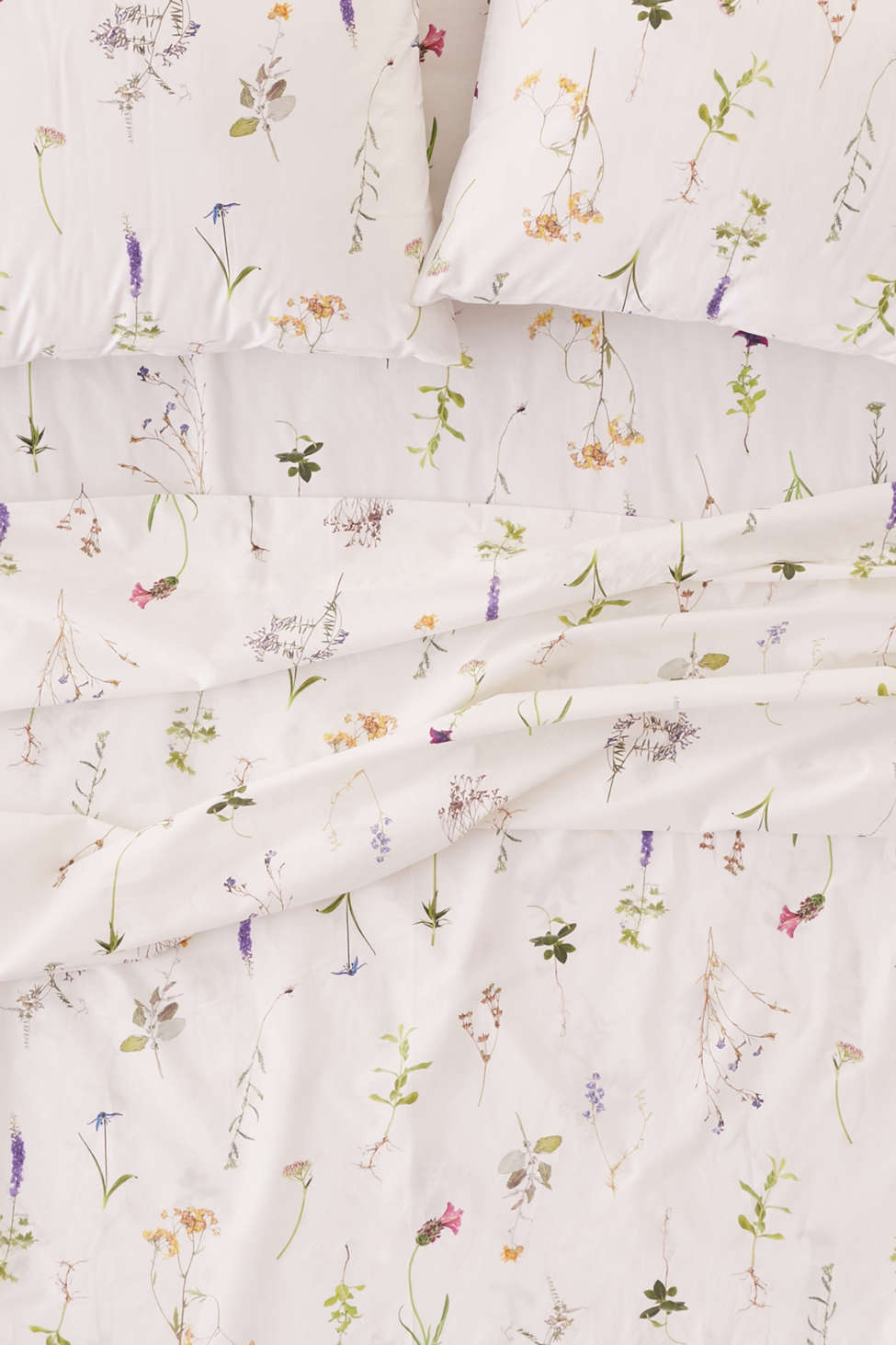 Slide View: 1: Lola Photo Floral Sheet Set