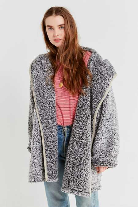 Womenu0026#39;s Faux Fur Coats | Urban Outfitters