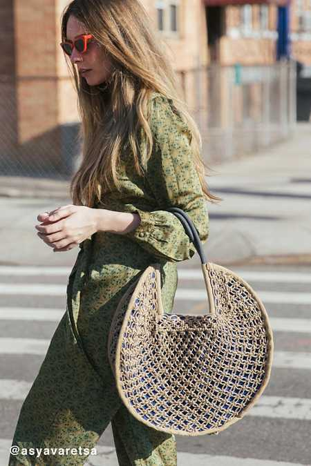 Large Circle Straw Tote Bag