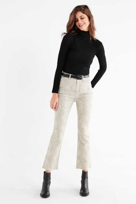 BDG Kick Flare High-Rise Cropped Jean – Snake
