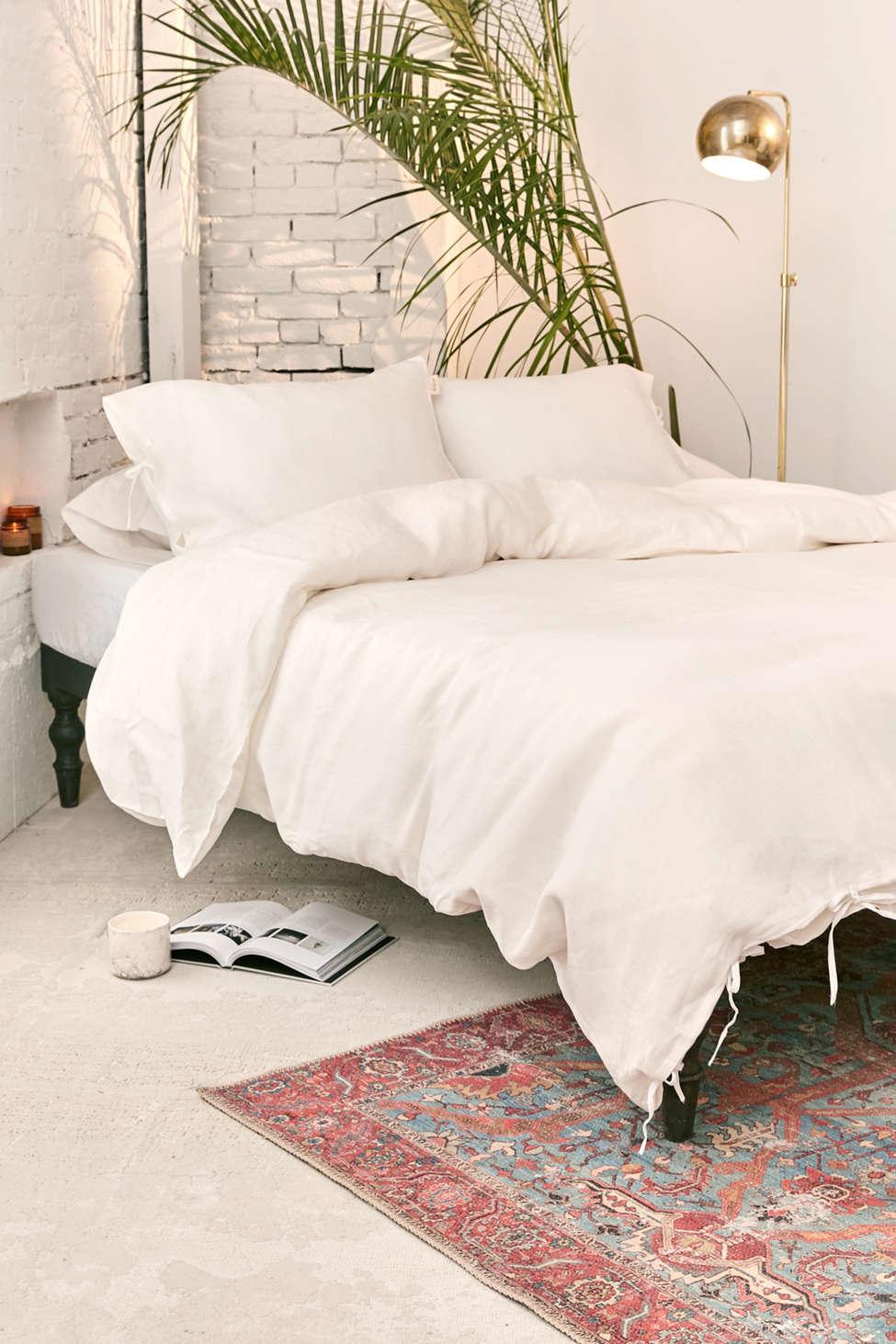 Slide View: 1: The Beach People Linen Duvet Cover + Pillowcase Set