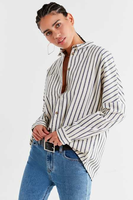 UO Relaxed-Fit Button-Down Shirt