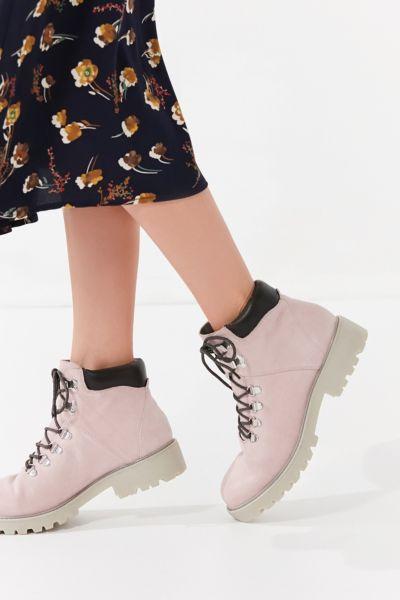 Vagabond Kenova Hiker Boot - Pink 36 at Urban Outfitters