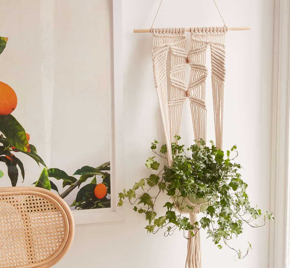 Slide View: 1: Large Macramé Hanging Wall Planter