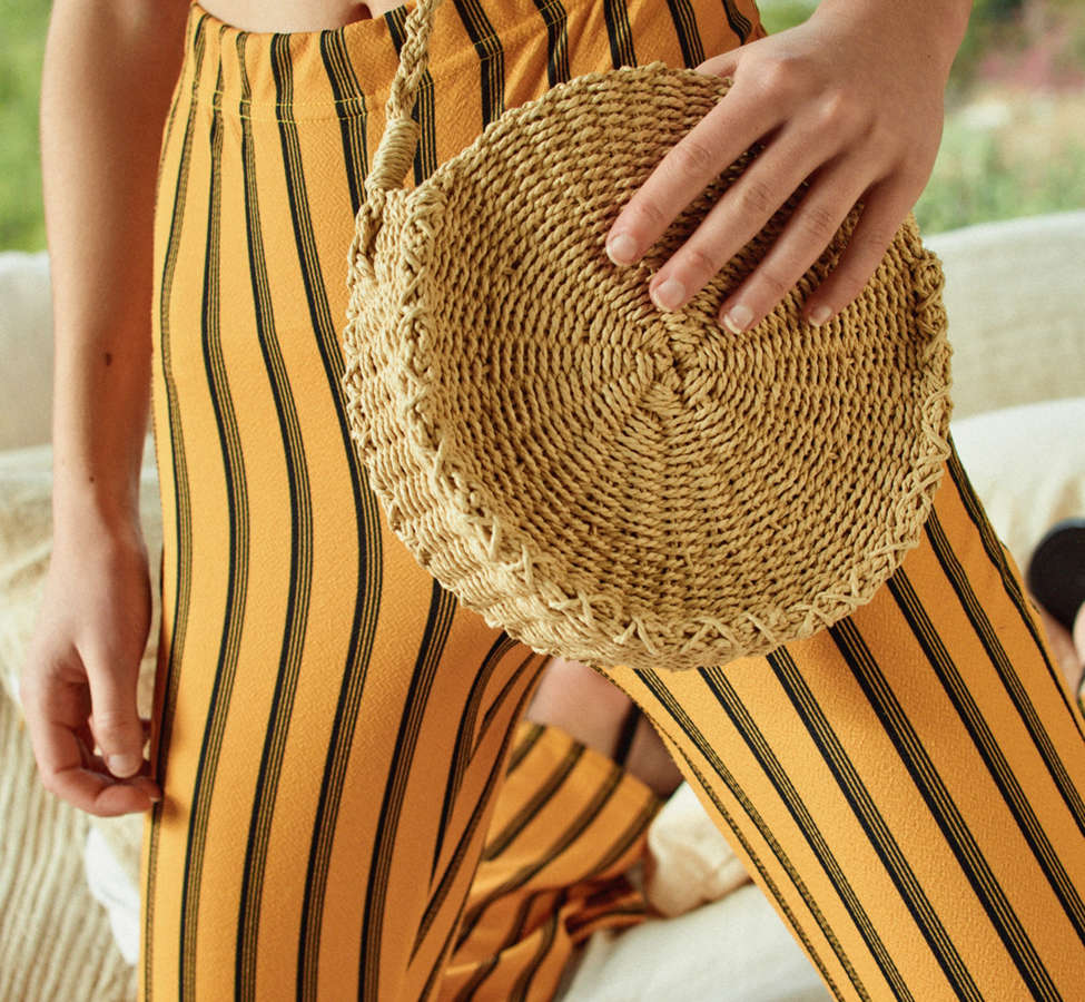 Slide View: 1: Small Circle Straw Round Crossbody Bag