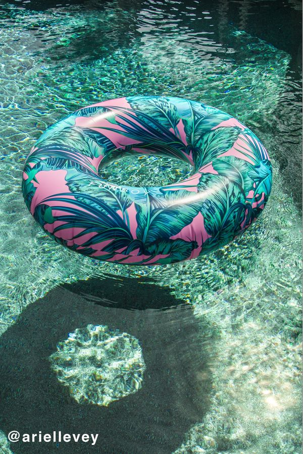Electric Palm Oversized Pool Float