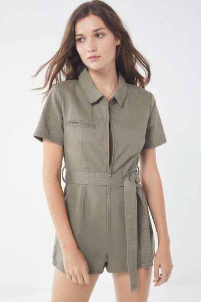 a20e93934960 URBAN OUTFITTERS