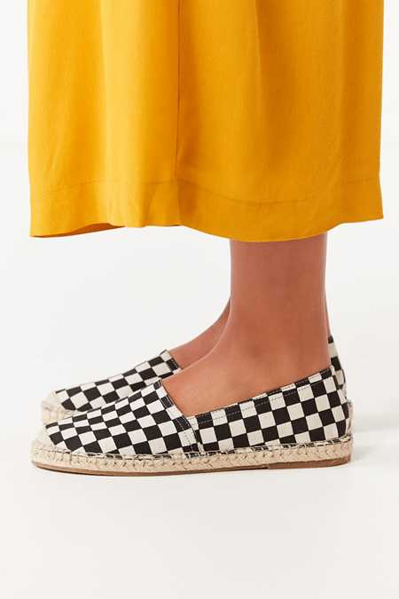 UO Checkerboard Espadrille Flats