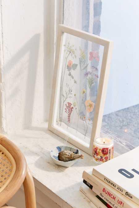 Pressed floral 9x15 frame