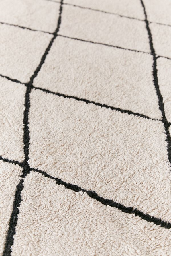 a berber beni ourain rug