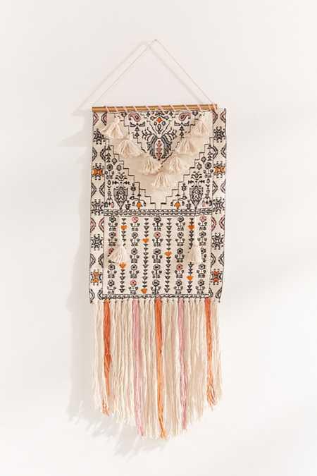 Mini tassel wall hanging