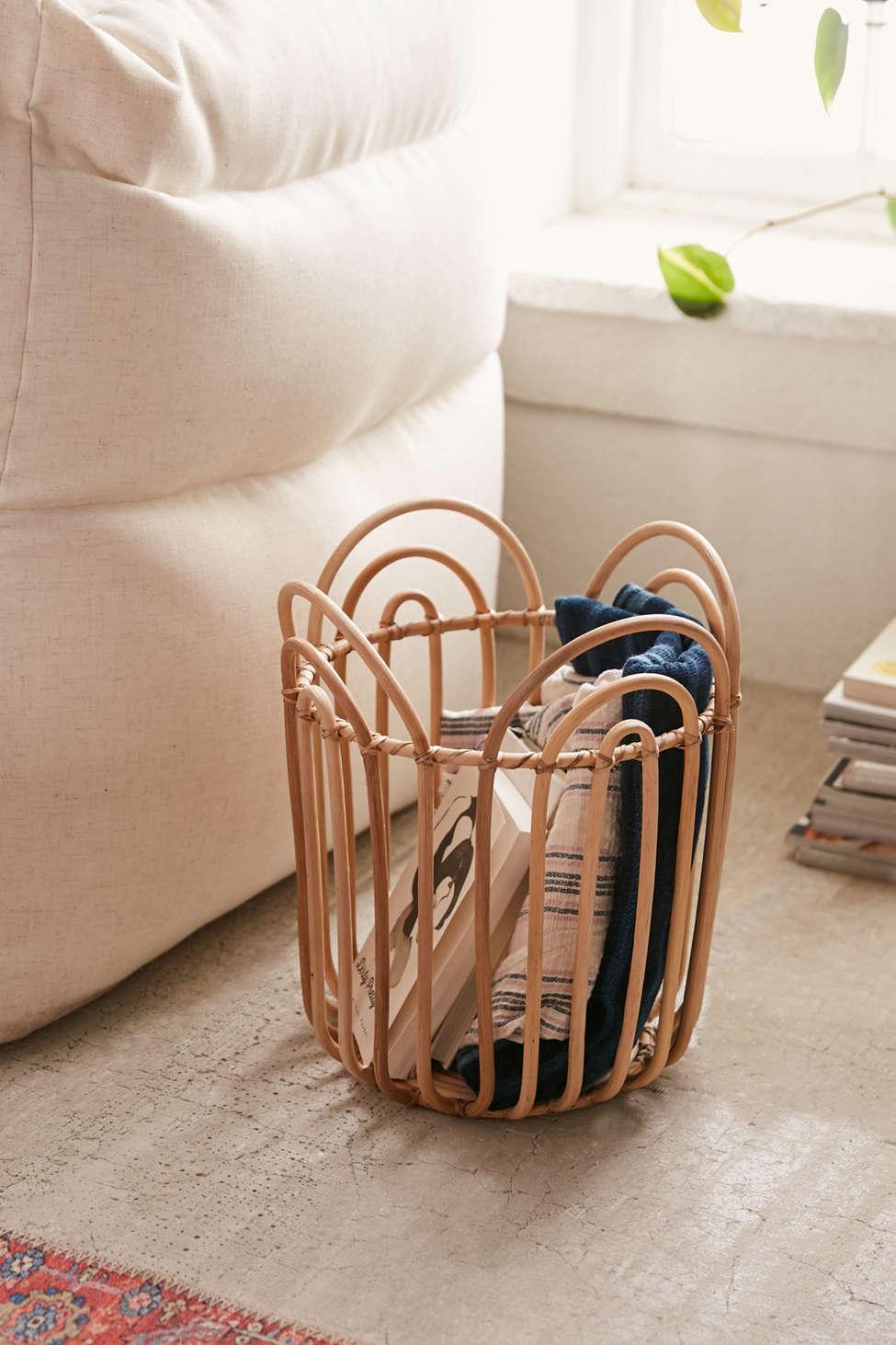 Slide View: 1: Gwendolyn Basket