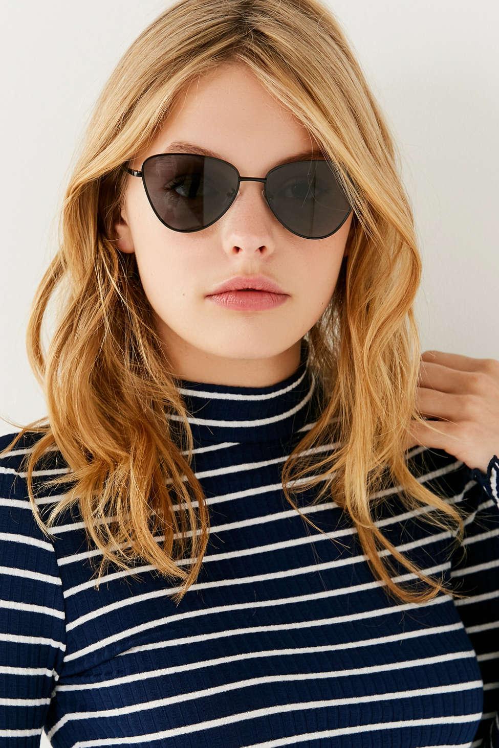 Echo Cat-eye Metal Sunglasses - Black Le Specs