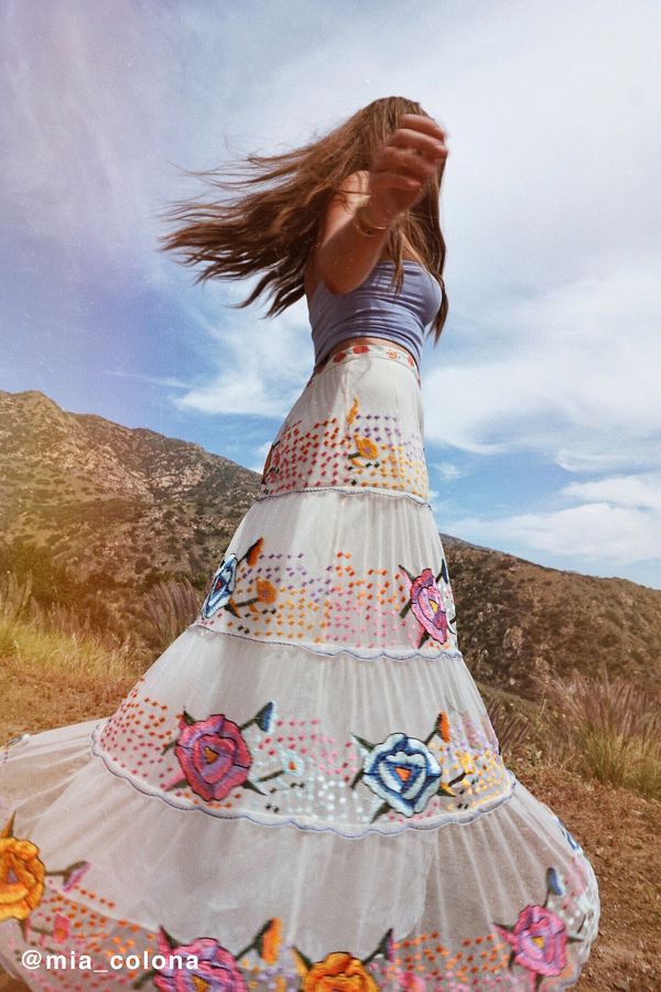 Slide View: 1: UO Embroidered Maxi Skirt
