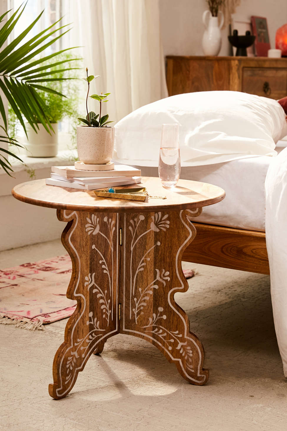 Slide View: 1: Mia Floral Side Table